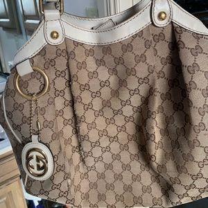 Gucci purse authentic